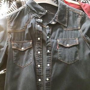 Levi's women denim shirt